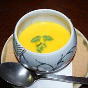塩味を効かせた南瓜のスープ