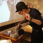 南部鉄瓶によるお茶サービス