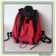 Mochila Roja con negro / REF: MAL-030 / 1 unidad / Arriendo: $ 4.000 / Garantía: $ 15.000