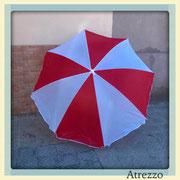 Quitasol nylon Blanco y Rojo / REF: VAR- 059/ 1.50 Mt./ 2 unidades / Arriendo: $ 3.000 c/u / Garantía: $ 8.000