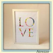 Cuadro LOVE marco blanco  / REF: CUA-003  / 30 x 41 cms./ 1 unidad / Arriendo: $ 4.000 / Garantía: $ 12.000