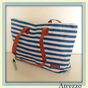Bolso playa rayado Azul y blanco / REF: VAR- 023 / 1 unidad/ Arriendo: $ 2.000 / Garantía: $ 10.000