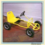 AUTO GO KART AMARILLO A PEDALES / REF:  VAR - 057 / 1 unidad / Arriendo: $12.000 / Garantía: $ 70.000