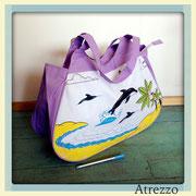 Bolso playa Delfines Lila / REF: VAR- 040 / 1 unidad/ Arriendo: $ 3.000 / Garantía: $ 10.000