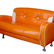 Mini Sofá tevinil naranja niños / REF:  / 1 unidad / Arriendo: $ 12.000 / Garantía: $ 60.000
