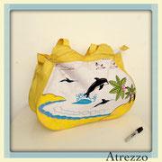 Bolso playa Delfines Amarillo / REF: VAR- 041 / 1 unidad/ Arriendo: $ 3.000 / Garantía: $ 10.000