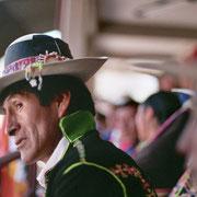 El palco de autoridades en una visita de Evo Morales