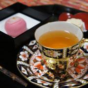 紅茶と和菓子