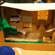 Was kostet das Wohnzimmer? Im Möbelkatalog stehen die Preise dazu!