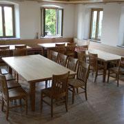 Eckbänke, Tische und Stuhl SE 55 in Buche, geölt