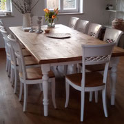 Tisch Gestell Buche, Tischplatte Eiche handgehobelt und geölt, Stuhl Modell HC 821