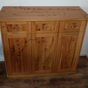 Sideboard in Ulme