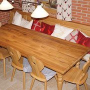 Urige Tischgruppe in Eiche / Altholz Eiche