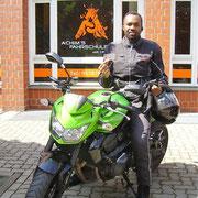Adrien Fotso Tenede hat seinen A Führerschein seit dem 07.07.2017