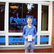 Magnus Wehrstedt hat seinen B-Führerschein seit dem 08.10.14!