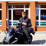 André Schlinger hat seinen A2-Führerschein seit dem 11.07.14!