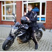 Christoph Giesecke hat seinen A2-Führerscheinseit dem 26.11.14!