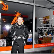 Lennard Härtl hat seinen A1-Führerschein seit dem 04.11.15!