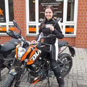 Jördis Singelmann hat ihren A1 Führerschein seit dem 29.09.16