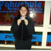 Leonie Schulz hat ihren B-Führerscheon seit dem 18.12.14!