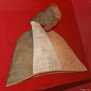 Eine alte Narrenmütze