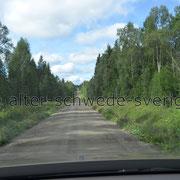 Ammerön ... der Schotterweg ist das Ziel .... * Grusvägen är målet ...