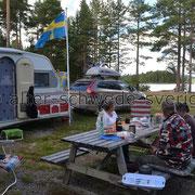 "Naturcamping ""Storsands Vildmarkscamping"" ... ""Smakligt måltid"" ..."