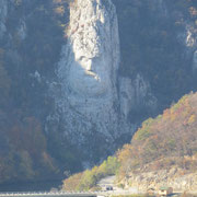 Die Statue des Dakerkönigs Decebalus ist eine 40 Meter hohe Statue und zugleich die höchste Felsskulptur in Europa
