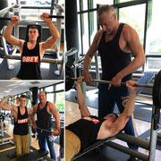 Muskelaufbautraining im Fitnessstudio in Berlin. Der GaFit Athlet Tom hat seine Fortschritte bezüglich Muskelkraft bestätigt
