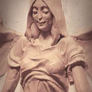 Ангел в образе девушки. Фрагмент. В процессе работы. Скульптурный пластилин.
