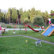 Kinder-Spielgeräte rund um's Haus Spannbauer