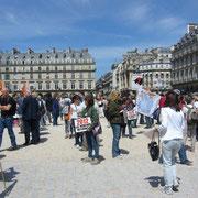 Christelle76 (au centre) était là pour représenter Galgos France