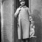 Le soldat-photographe, Jean Fressinaud Masdefeix, ayant vécu à Sauviat-sur-Vige et fait la guerre de 14-18 - Collection MARIE FRESSINAUD
