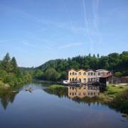La filterie de Brignac, sur le site d'une ancienne usine de papier-paille - Brignac - Royères