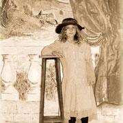 Atelier photo : la photo de studio à l'ancienne après transformation - ici, une élève de Nedde