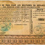 Tickets de rationnement pour le pain de la famille PAUGNAT à Royères (collection BREGAINT).
