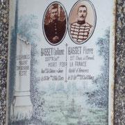 Plaque funéraire de 2 frères Morts pour la France- Cimetière de Neuvic-Entier