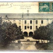 Ancien couvent des Filles-de-Notre-Dame (actuel collège) - Saint-Léonard-de-Noblat - Photo Coll. FANTON