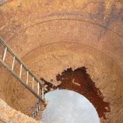 Tannerie Bastin : fosse extérieure vide - Saint-Léonard-de-Noblat