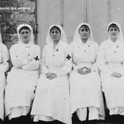 Photo des infirmières de l'Hôpital bénévole n°26 bis d'Eymoutiers (collection Musée du service de santé des armées)