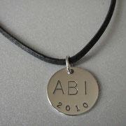 Abi-Anhänger aus 925 Silber mit Gravur