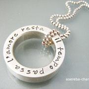 Massiver, schwerer Statement-Ring aus 925er Silber an Kugelkette