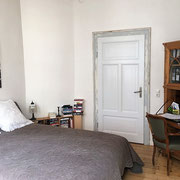 Anders als ein Hotel und mehr als nur ein Messezimmer - Schlafzimmer eines privaten Messeapartments über 4yourfairs