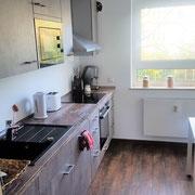 Wohnbeispiel Küche eines privaten Messeapartments zur EMO über 4yourfairs