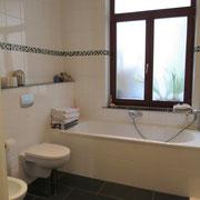 Wohnbeispiel Badezimmer eines Messeapartments zur Domotex über 4yourfairs