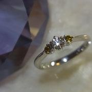高価なイエローダイヤはとってもおしゃれです