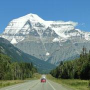 Mount Robson bei der Anfahrt in den Jasper N.P.