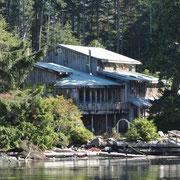 Hidden Cove Lodge, unsere Loge im Jahr 2009, immer noch idyllisch