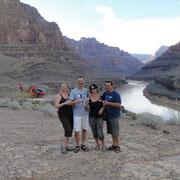 fünf Vögel im Grand Canyon