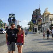 Dani & Ursi rocking Vegas